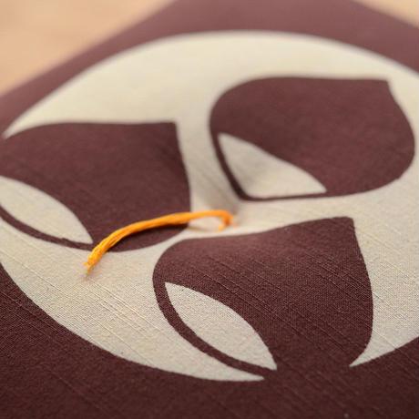 型染め本縫い小座布団 栗