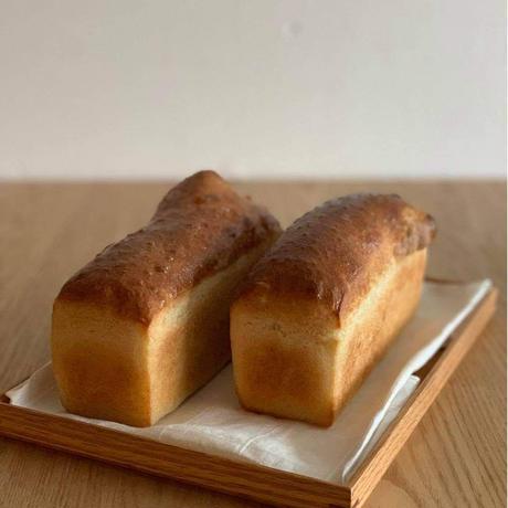 天然酵母のもちもちパン&ライ麦スコーンのセット