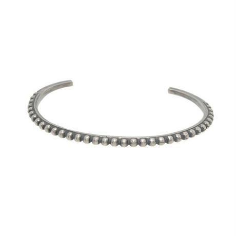THEFT  - narrow dot bangle