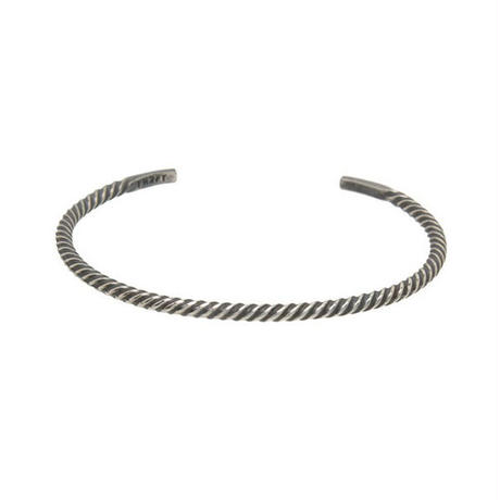 THEFT - narrow twist bangle