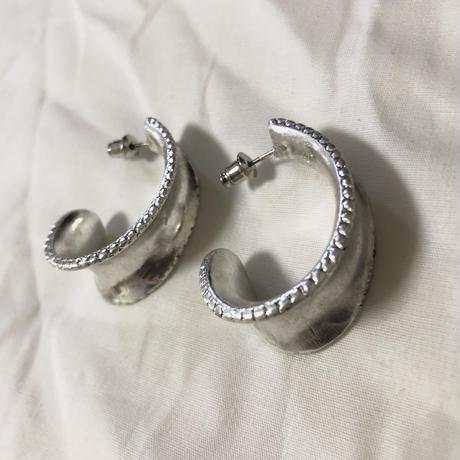 j63.antique silver curve pierce