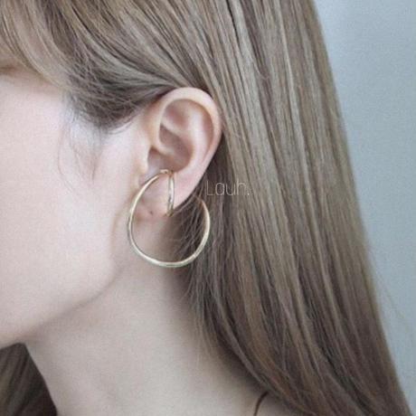 j191.forme hook ear cuff
