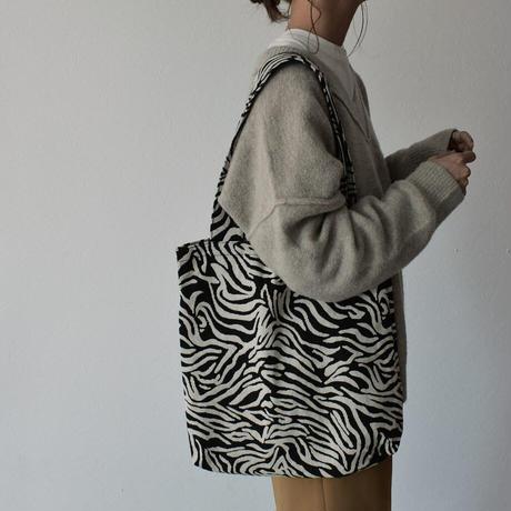 12月中旬入荷分 予約販売   bag2-02543 ゼブラ柄 ジャガード トートバッグ