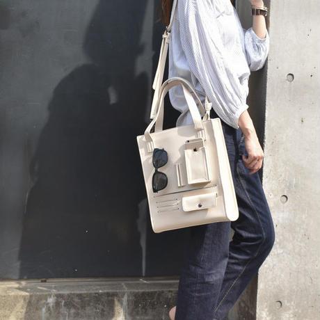 bag2-02334 フェイクレザー 多機能ポケット付き スクエアバッグ