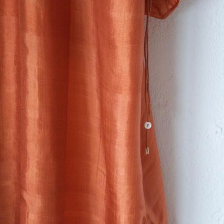 BUNON(ブノン) カディシルク ギャザーワンピース BACK BUTTON DRESS