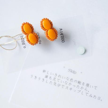 tamas(タマス)イヤリング&ピアス「Skip / Orange」