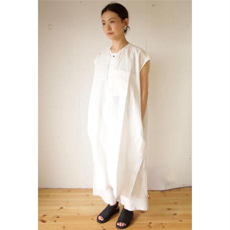 Honnete(オネット)アイリッシュリネン ノーカラーシャツドレス