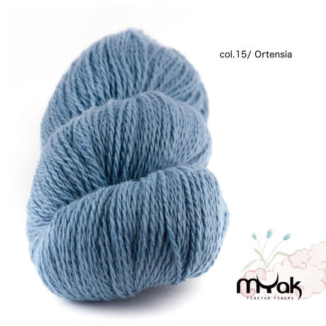mYak [Tibetan Cloud ]100gかせ(100% sheep wool Sport/ Light DK weight)