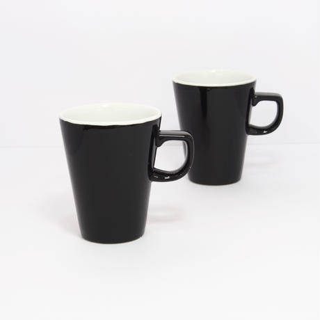 Churchill England mug pair