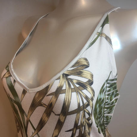 PROMISE   プロミス プリントが華やかなスリップドレス