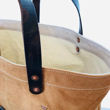 washed canvas tote bag  (Camel × white × camo)