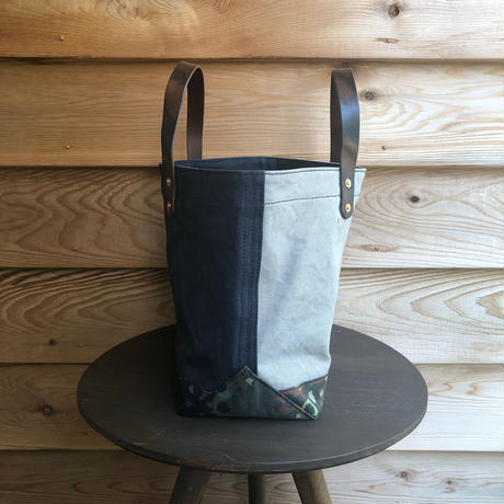 washed canvas tote bag  (Navy × gray × camo)