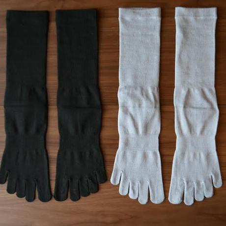 ■薄てシルク五本指ソックス(正絹糸) 紳士 25cm~27cm