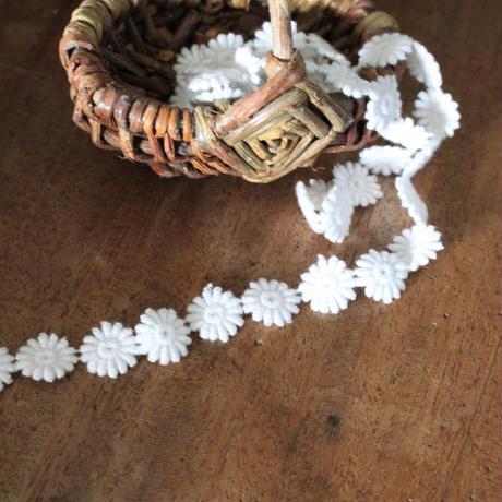 フランス 綿ケミカルレース  花模様 68㎝