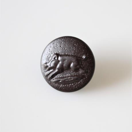 【ハンティングボタン】  いのししのメタルボタン 16㎜ フランスデッドストック364
