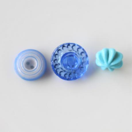 【ボタンセット】ブルーのガラスボタン3個セット フランスヴィンテージ