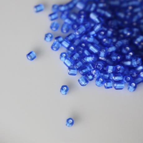 六角ビーズ (ブルー)5g チェコガラス フランスヴィンテージ シードビーズ  2652