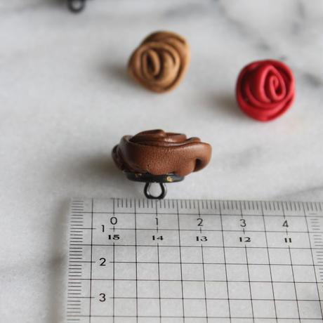 ドイツ製 ASTOR 本革のローズボタン 茶 大20㎜一つ穴 レザーボタン