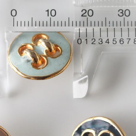 四つ穴柄メタルボタン(deepgreen)一つ穴18㎜ フランス 354