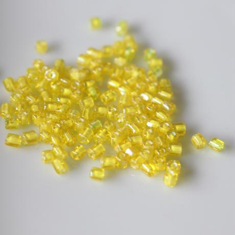 六角ビーズ (yellow)4g チェコガラス70年代  フランスヴィンテージ