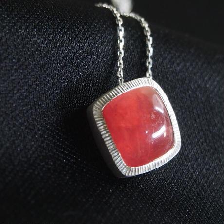 宝石質インカローズ SVネックレス