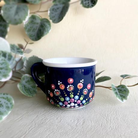 曼荼羅模様のコーヒーカップ