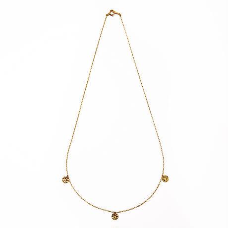 trio victoria plate necklace