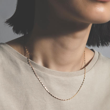 victoria necklace  pink gold