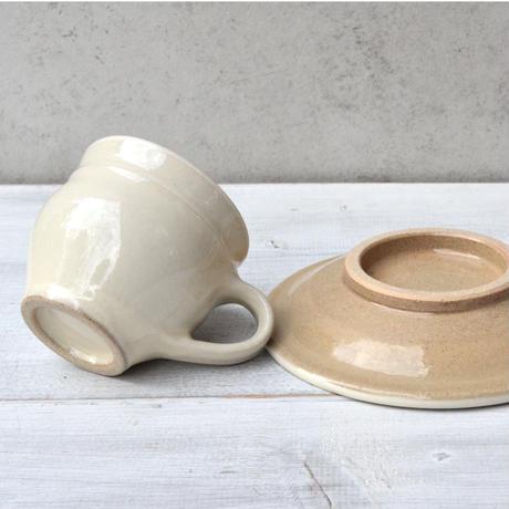 出雲 出西窯 コーヒー碗皿  白
