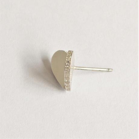Tiny heart line stone pierce (silver / cubic zirconia / pearl clasp)