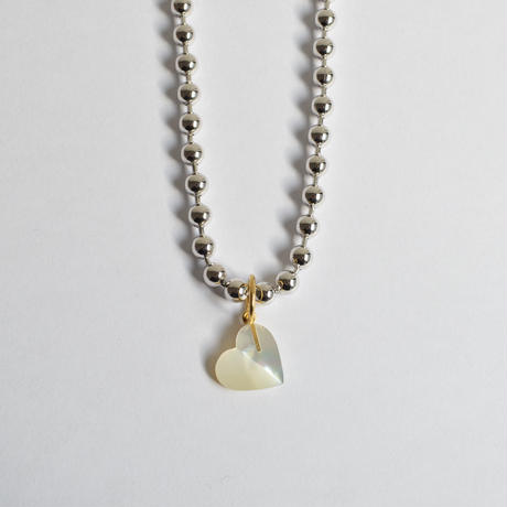 Heart charm (Mother of pearl)