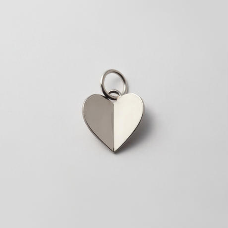 Middle heart charm (silver)