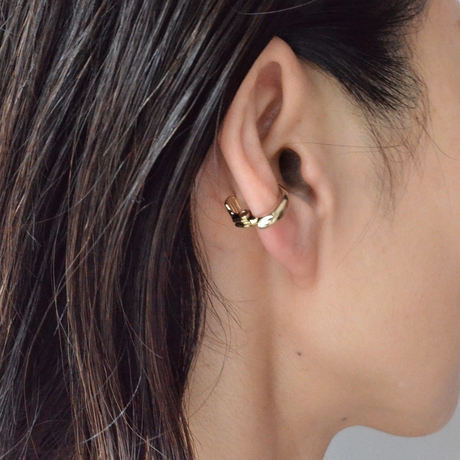 Gold line earring ( 17mm )