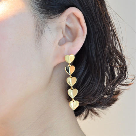 5 hearts pierce (gold / pave clasp)