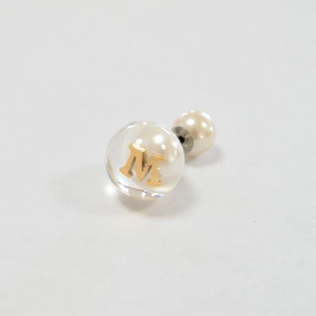 "Initial inclution pierce ""M"""