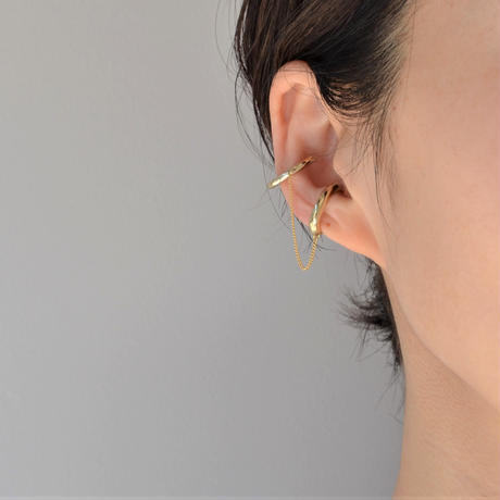 LIMITED COLLECTION 【2 connected earrings  (gold × gold)】