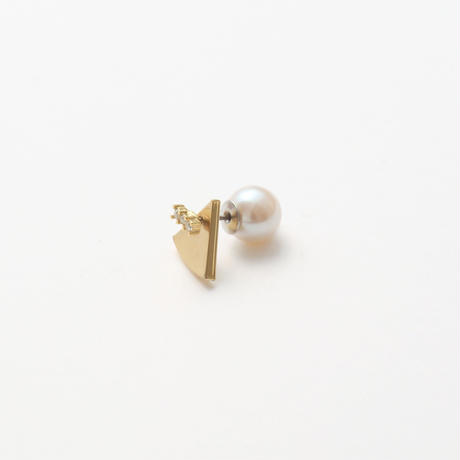 7mm gold triangle pierce