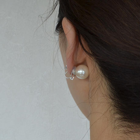 cubic zirconia earring(large/silver)