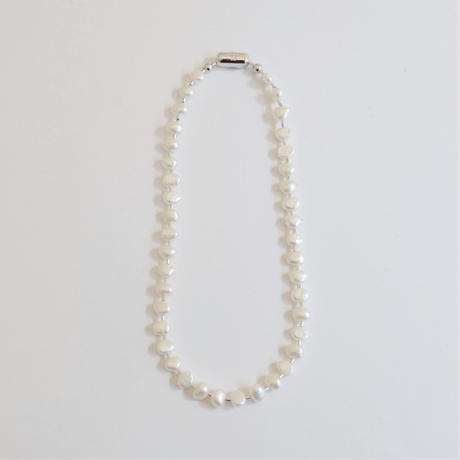 LIMITED COLLECTION 【Baroque pearl ball chain necklace (small / flat)】