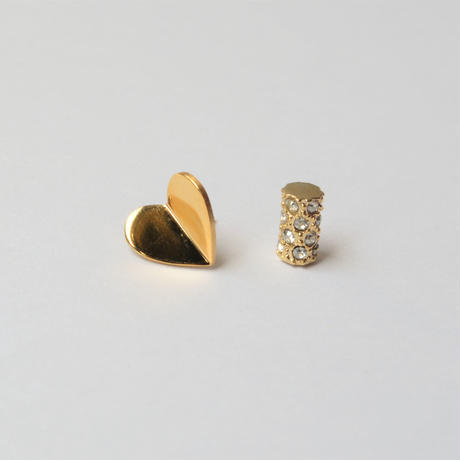 Tiny heart pierce (gold /  pave clasp)