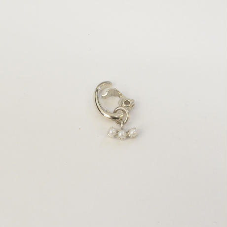 LIMITED COLLECTION【3 pearls earring ( horizontal / silver )】