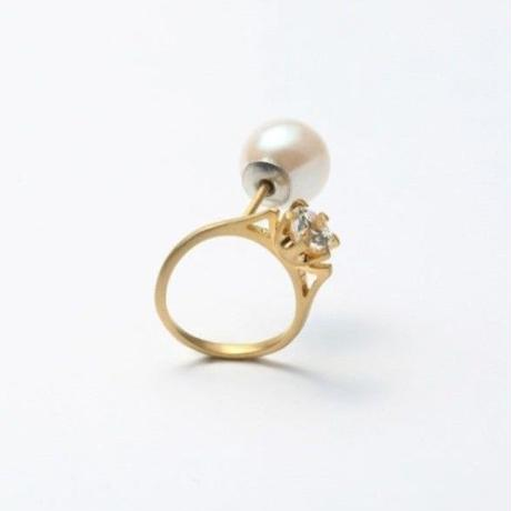 ring motif pierce (cubic zirconia / gold/ front)