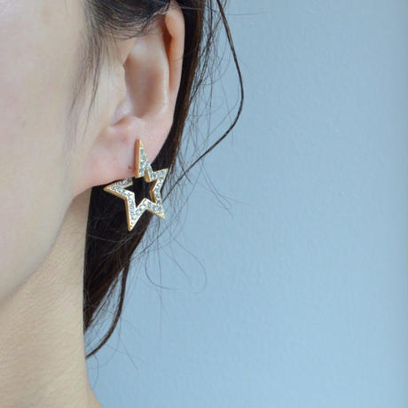 Star openwork earring (pave)