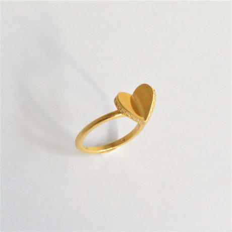 Tiny heart line stone ring (gold / cubic zirconia)