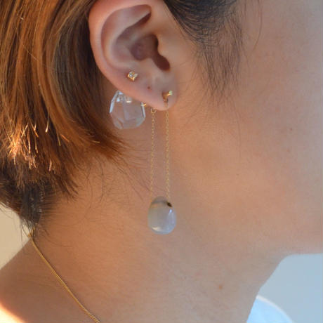 Sun Catcher pierced earring (Tear drop / Gray agate / Long)