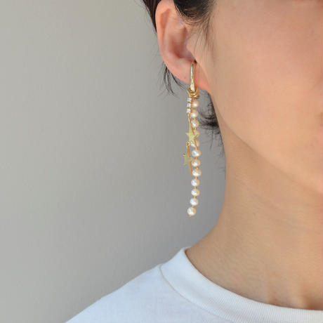 LIMITED COLLECTION【2 metal stars fresh water pearl earring ( gold )】