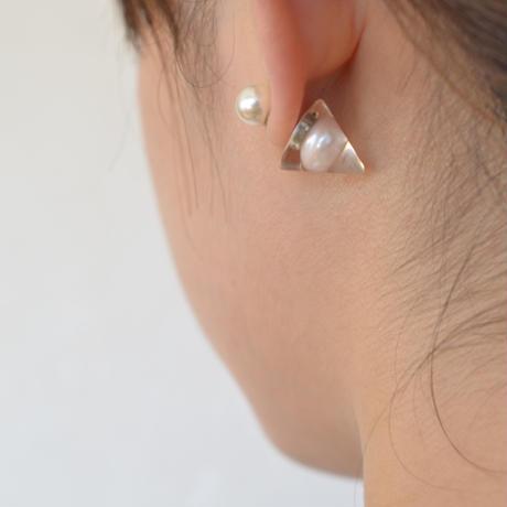 conic catch pierce (pearl/clear)
