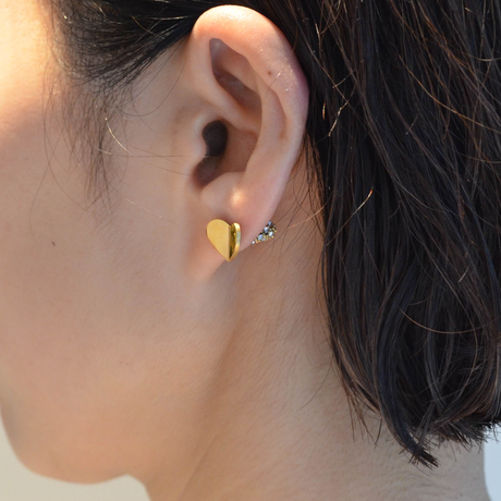 Tiny heart pierce (gold /  pave clasp)