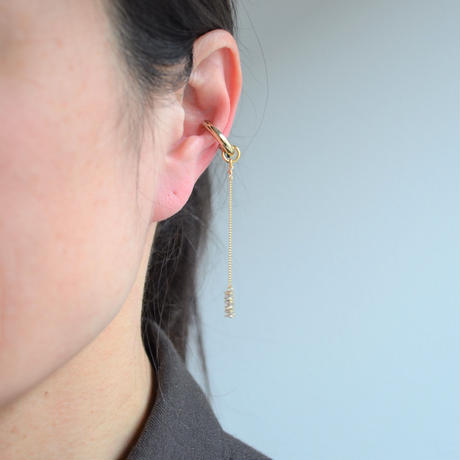 LIMITED COLLECTION【3 cubic zirconia & pave star earring 】
