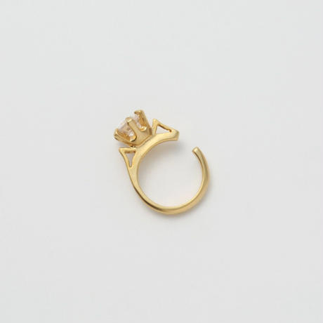 ring motif ear cuff (gold / cubic zirconia)
